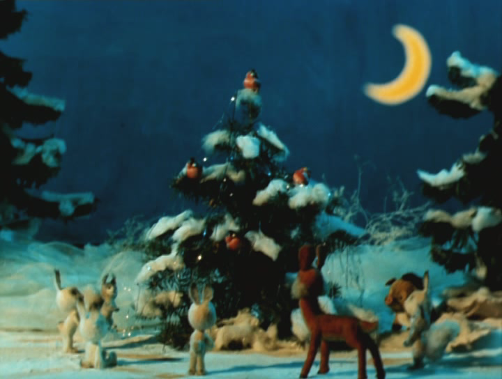 Скачать бесплатно:Кто придет на Новый год? / 1982 / DVDRip.